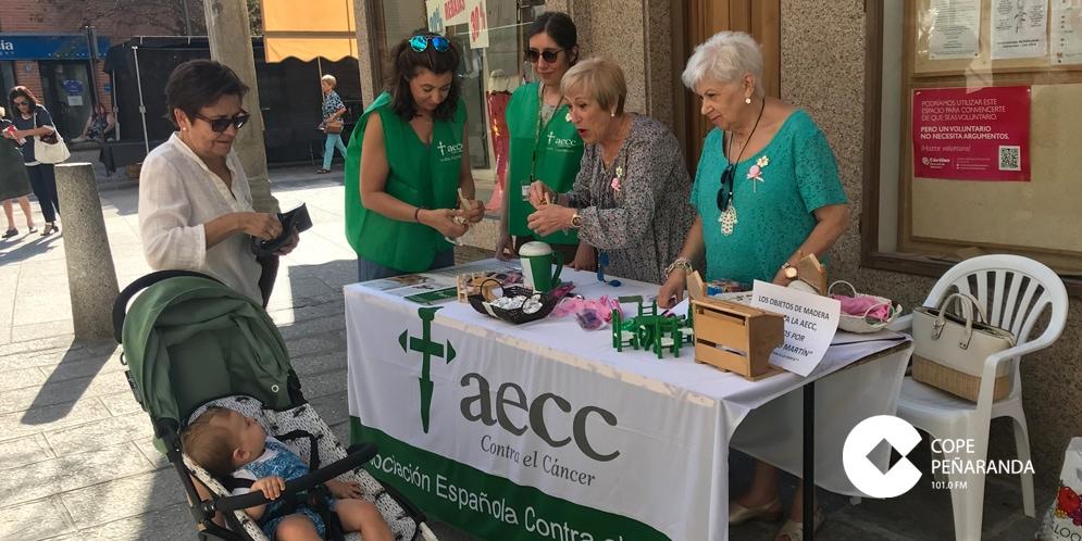La AECC recaudó más de 1.400 euros en la cuestación popular de Peñaranda.