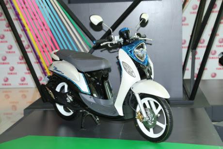Yamaha Fino 125 Blue Core Meluncur di Thailand. Headlamp Sudah LED