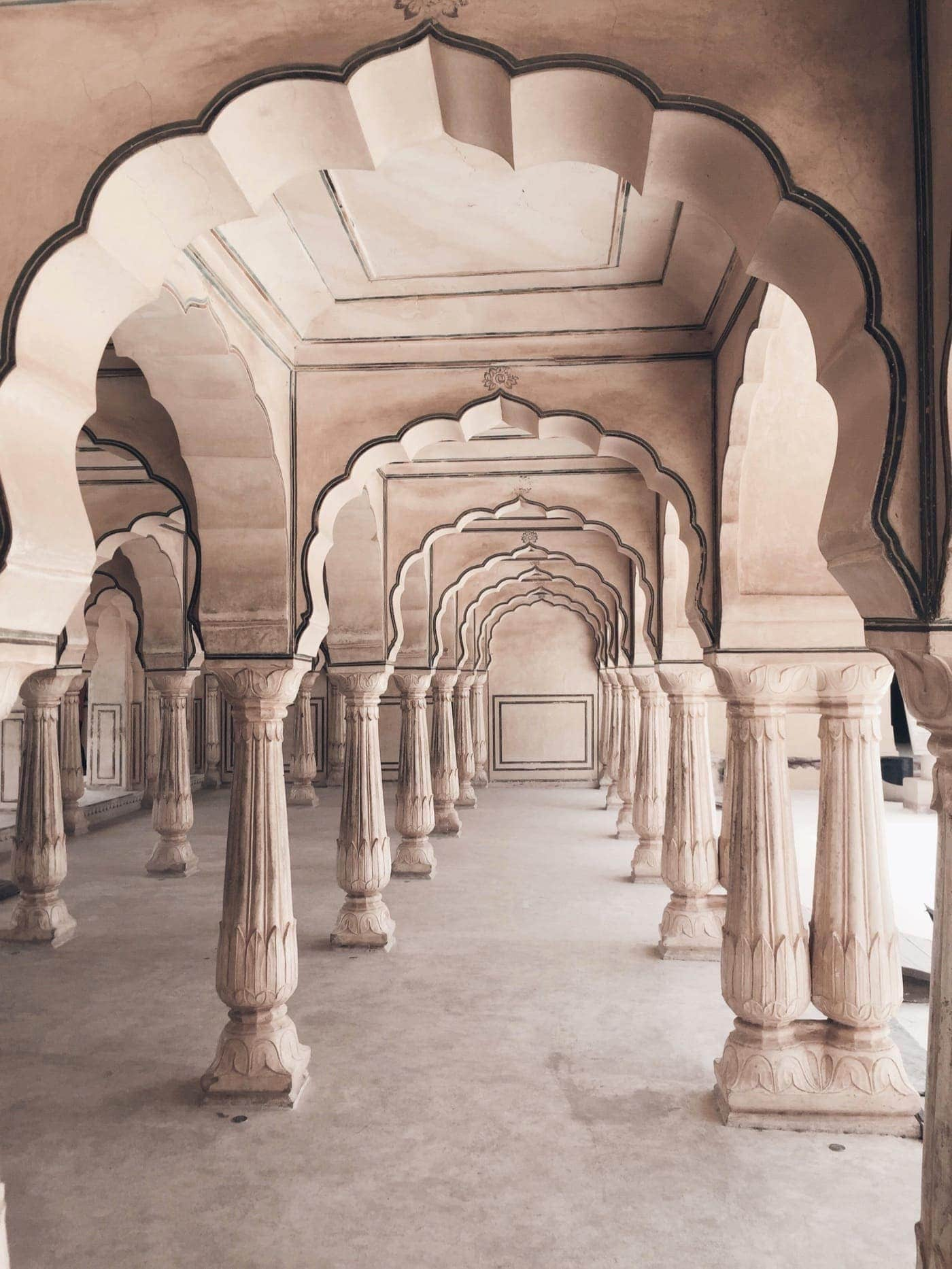 Amer Fort - The Epitome of Rajasthani Charm