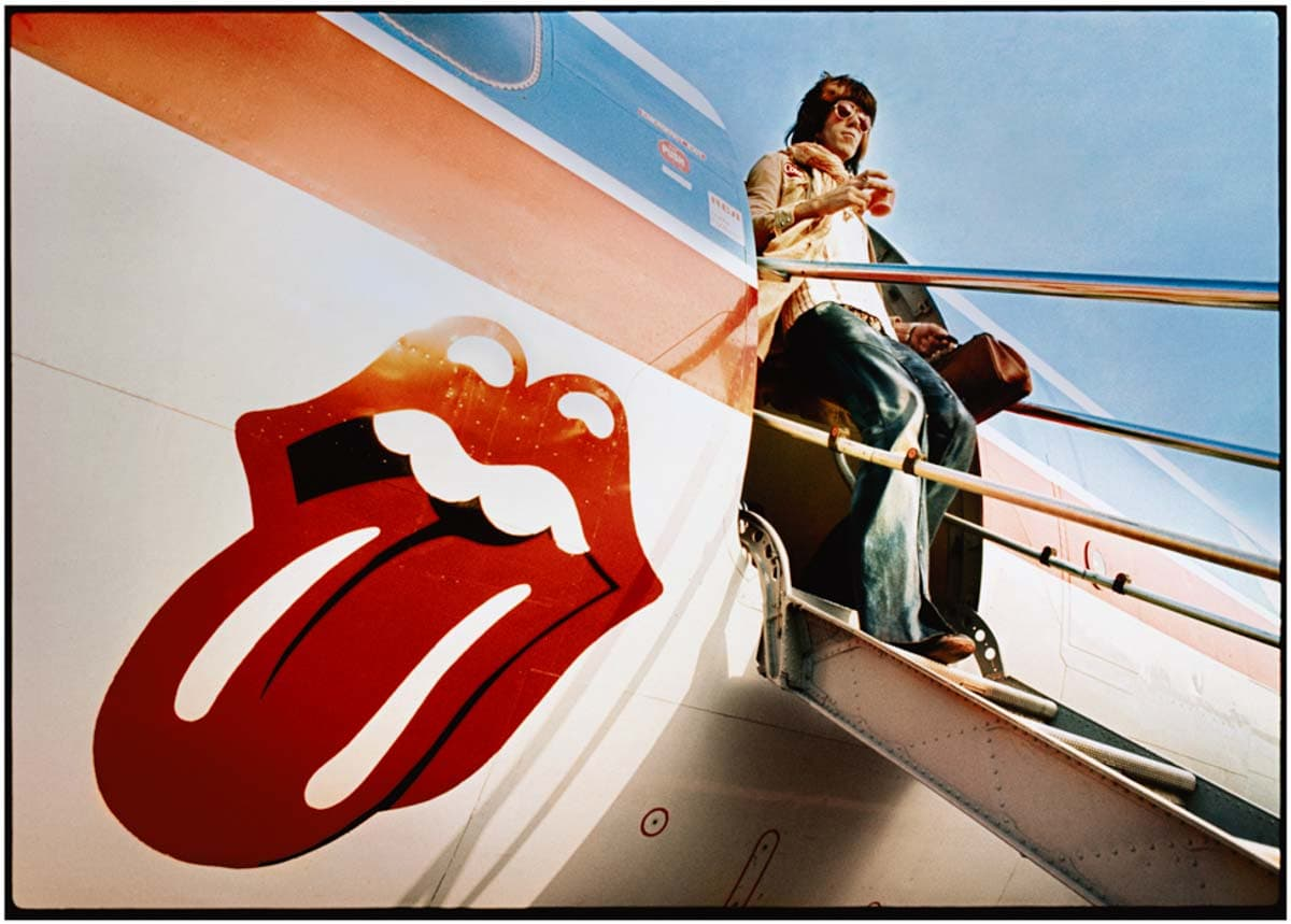 "Keith Richards Exits ""The Starship"" 1972 US Tour. Photograph by Ethan Russell Copyright: © Ethan Russell"