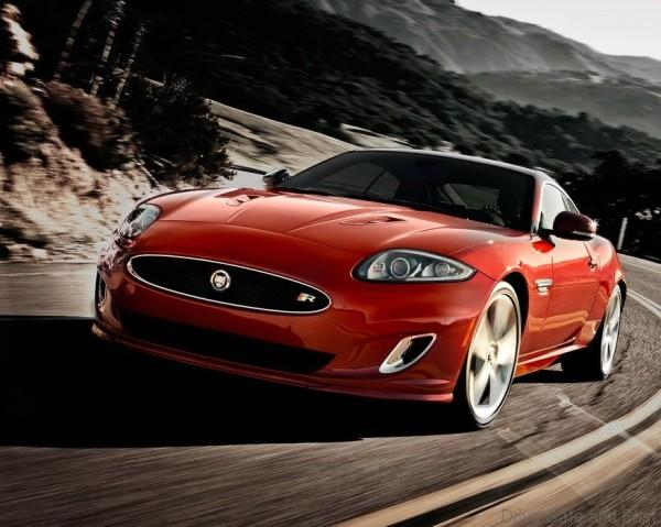Jaguar-XKR_2012_1024x768_wallpaper_01