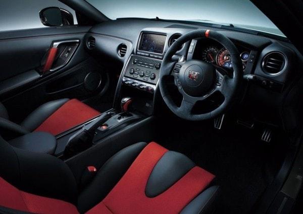 Nissan-GT-R_Nismo_2015_800x600_wallpaper_17