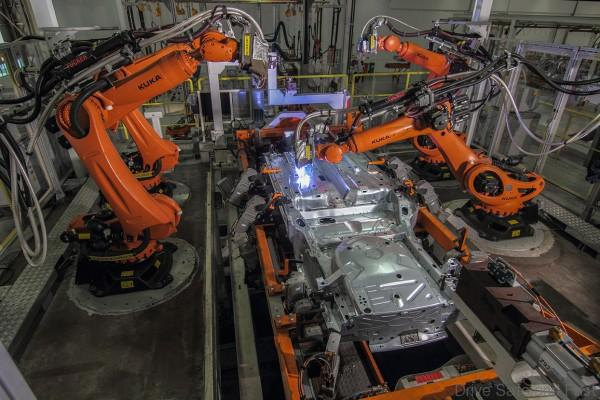 Volkswagen_Assembly_Plant_Pekan04