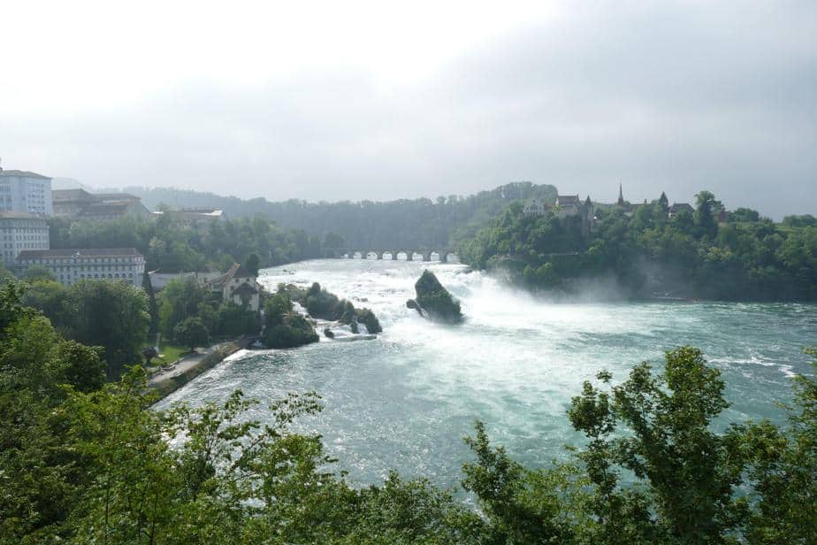 Der R(h)einfall in Schaffhausen - touristisch stark frequentiert