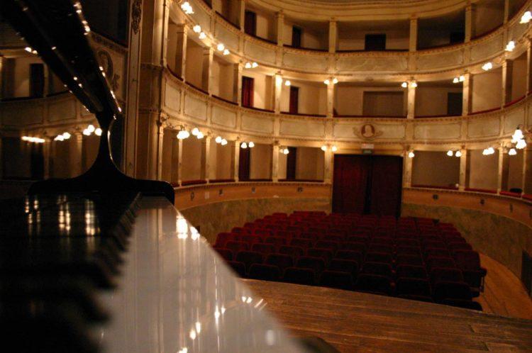 interno-teatro-anghiari-teatro-comunale-dei-ricomposti-19