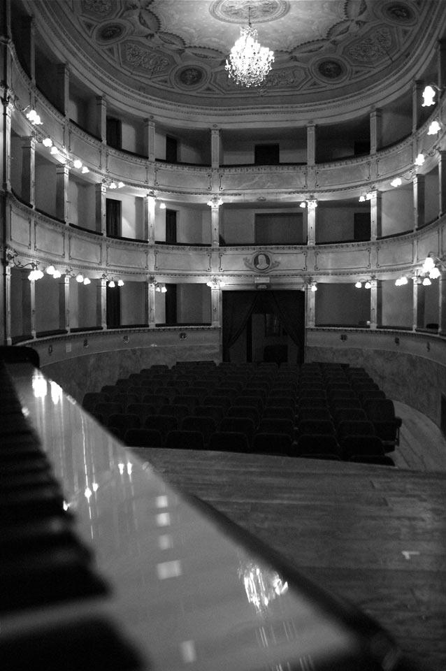 interno-teatro-anghiari-teatro-comunale-dei-ricomposti-23
