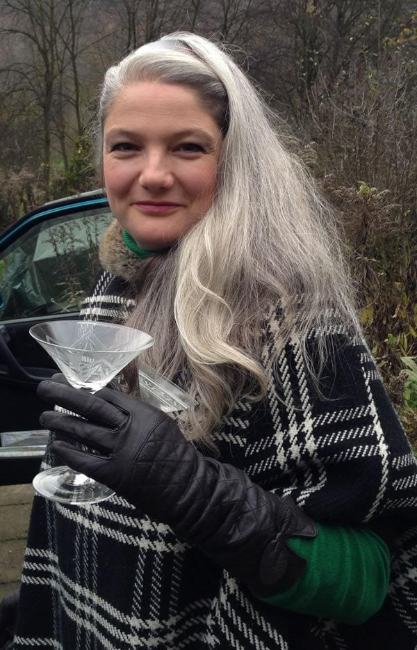 celebrating long silver hair | 40plusstyle.com