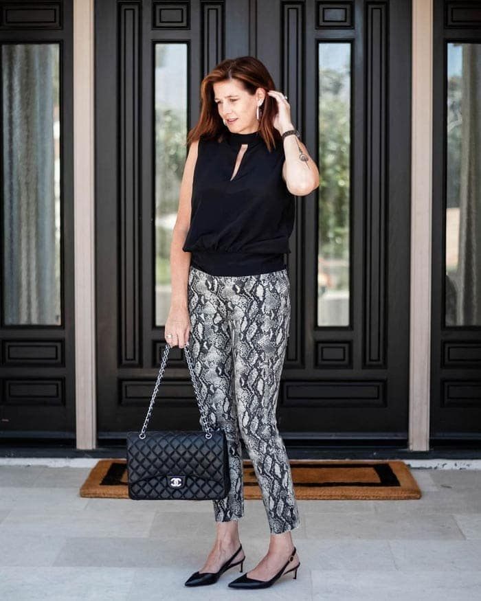 Printed jeans worn with black | 40plusstyle.com