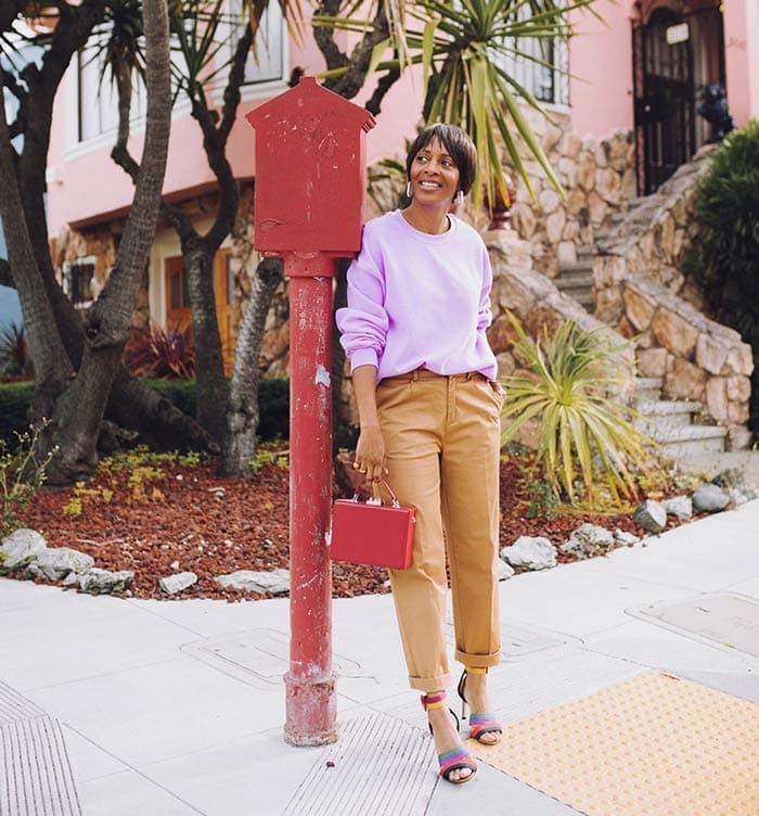 Combining neutrals and colors in an outfit | 40plusstyle.com