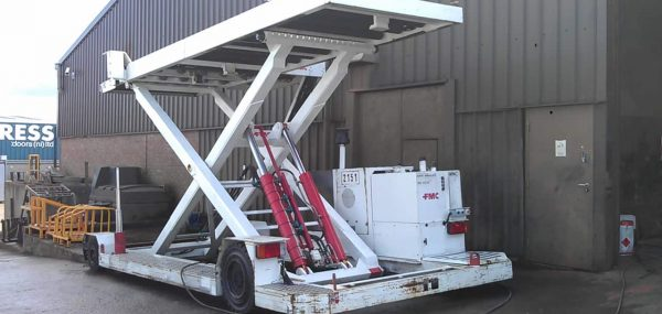 FMC CLT8 Lower Deck Loader