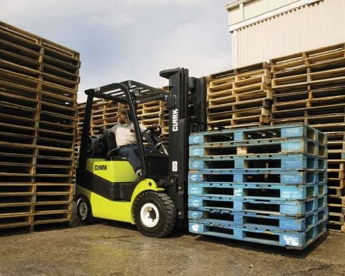 CLARK FORKLIFT WITH DIESEL OR LPG DRIVE C15-20S (5)