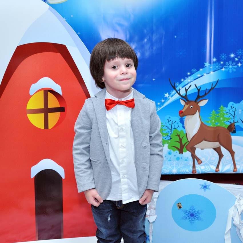 Декор и Фото-зона на детский новогодний праздник
