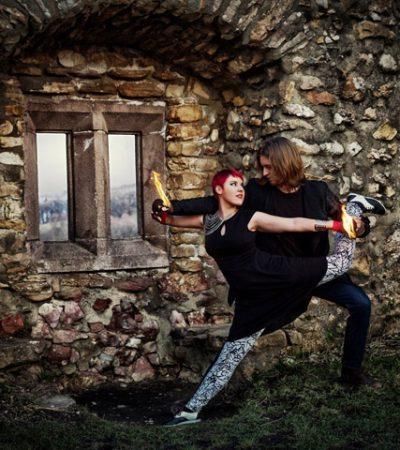 Duo Feuershow mit Conteporary Tanz & Partnerakrobatik aus Ludwigsburg, zwischen Stuttgart und Heilbronn zur Hochzet, Gebrutstagsfeier oder Firmenevent