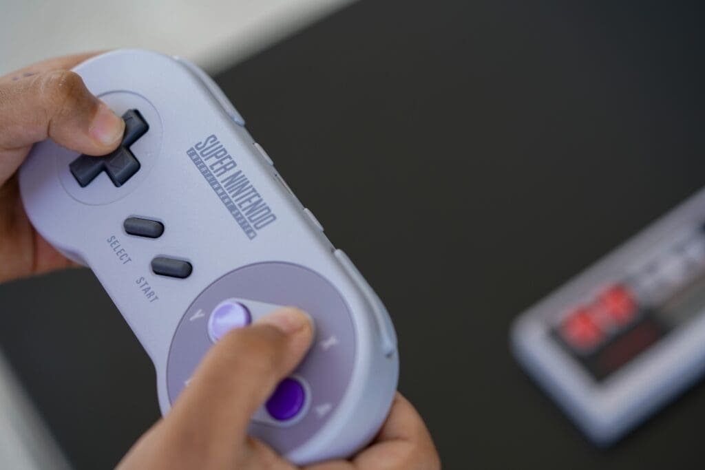 From Text Neck To Nintendo Thumb: 5 Injuries For The Modern Era