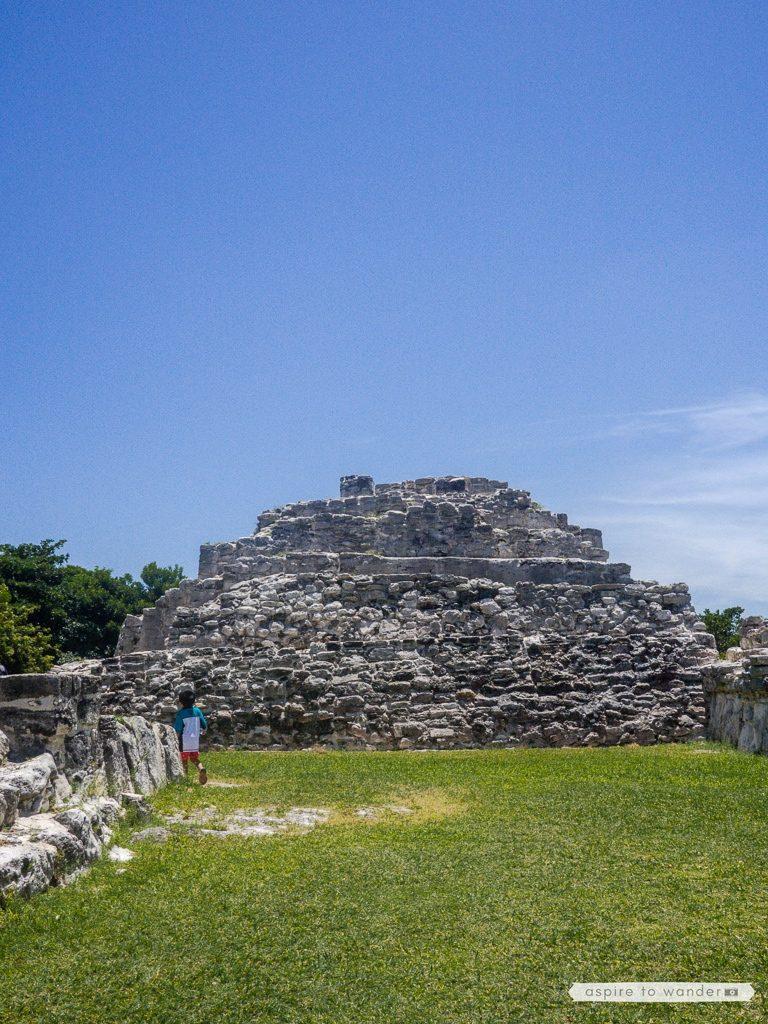 Zone Arqueologica El Rey