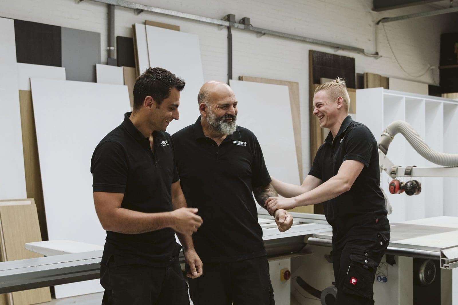 Interieurbouwer Gouda In Hun Atelier In Hillerseberg