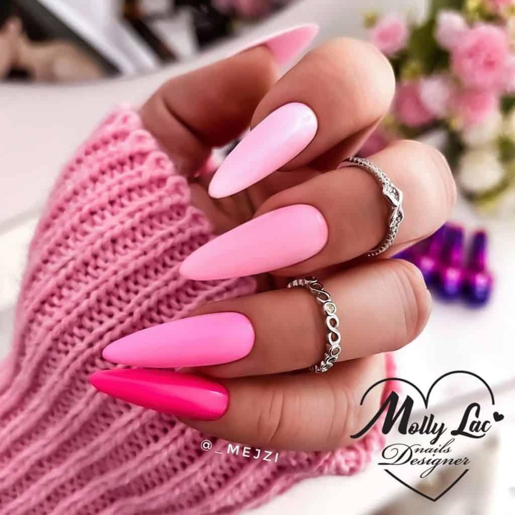 różowe neonowe paznokcie