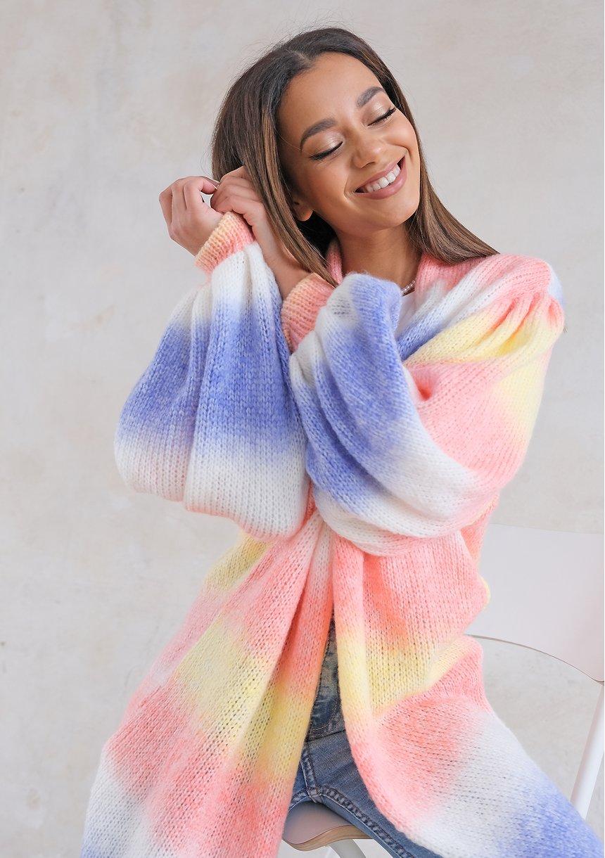 Jak rozciągnąć sweter, który skurczył  się w praniu?