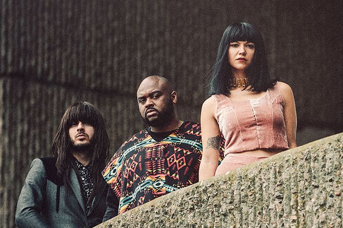 Khruangbin official website of booking agent