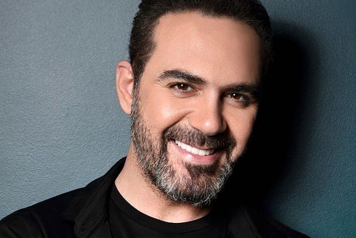Страница Wael Jassar на сайте официального агента для заказа на корпоратив