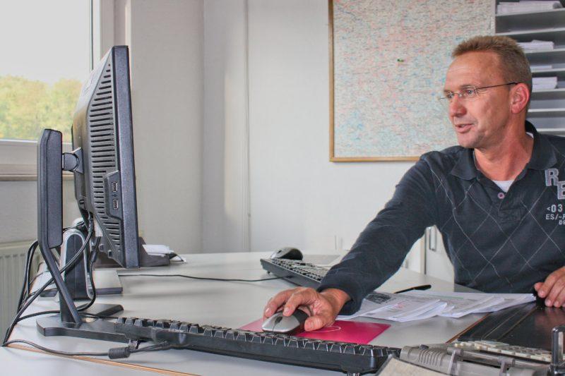 Brück Spedition Ulrich Brück - Neumöbel Logistik und Transporte