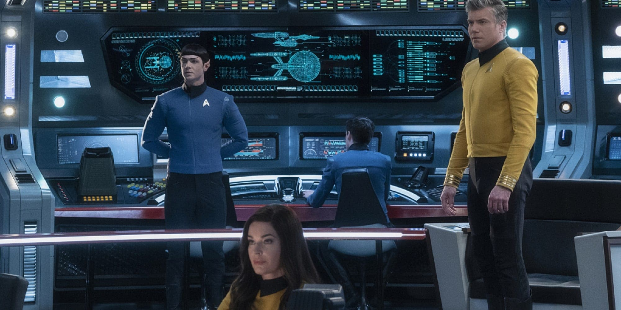 Star Trek Strange NEw Worlds Anson Mount Rebecca Romijn Ethan Peck Featured