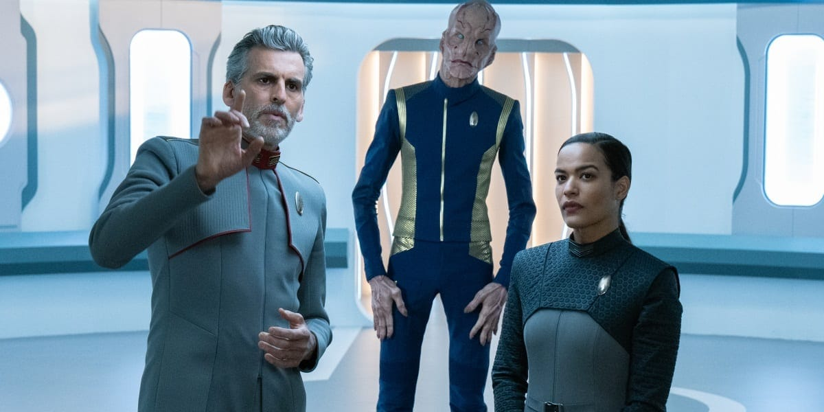 """Scavengers"" — Ep#306 — Pictured: Oded Fehr as Admiral Vance, Doug Jones as Saru and Vanessa Jackson as Lt. Willa of the CBS All Access series STAR TREK: DISCOVERY."