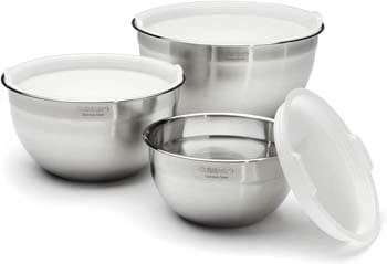 6. Cuisinart CTG-00-SMB Stainless Steel Mixing Bowls with Lids, Set of 3