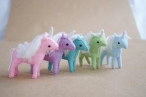 baby unicorn pattern