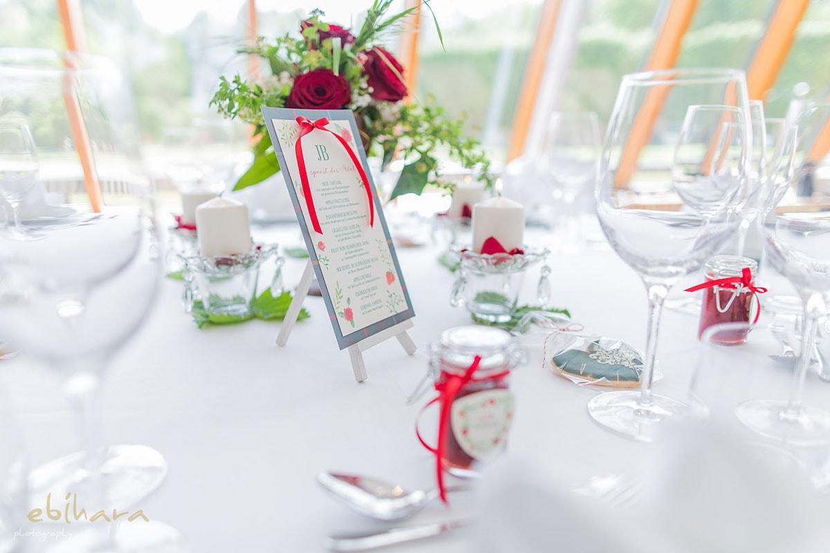 Hochzeitstisch-Speisekarte