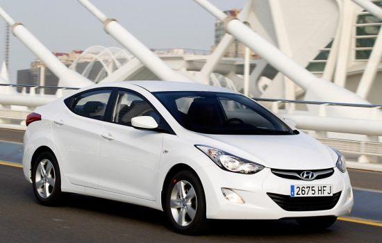 Car rental Hyundai Elantra 1.8 in Batumi