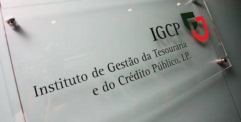 """<span class=""""entry-title-primary"""">Juro da dívida portuguesa inferior ao espanhol no mercado secundário</span> <span class=""""entry-subtitle"""">António Costa defende sua gestão econômica</span>"""