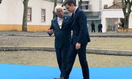 """<span class=""""entry-title-primary"""">Pedro Sánchez y António Costa se reúnen en Beja (Portugal) con los países del Este</span> <span class=""""entry-subtitle"""">Portugal promueve un acuerdo con el Este europeo para reducir el impacto de la disminución de los fondos de cohesión por el Brexit</span>"""