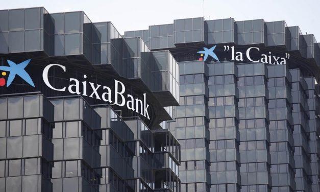 CaixaBank adelanta el pago de las pensiones y activa un plan para evitar colas en las oficinas