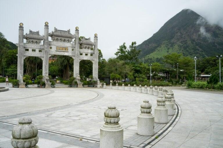 po lin monastery ngong ping
