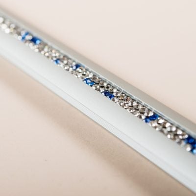 Alu: silber / Kristall: weiss - blau
