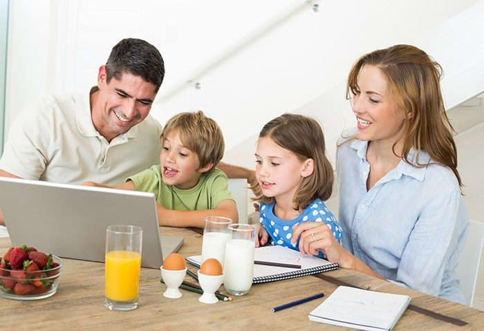 online homeschool, Online Homeschool-A Look at How One Works, Family Homeschooler