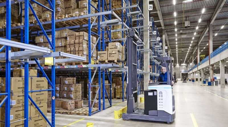 UniCarriers at work in Sketchers European Distribution Centre
