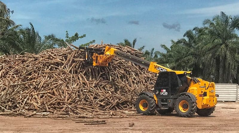 JCB donates pair of telehandlers to Indonesian disaster area
