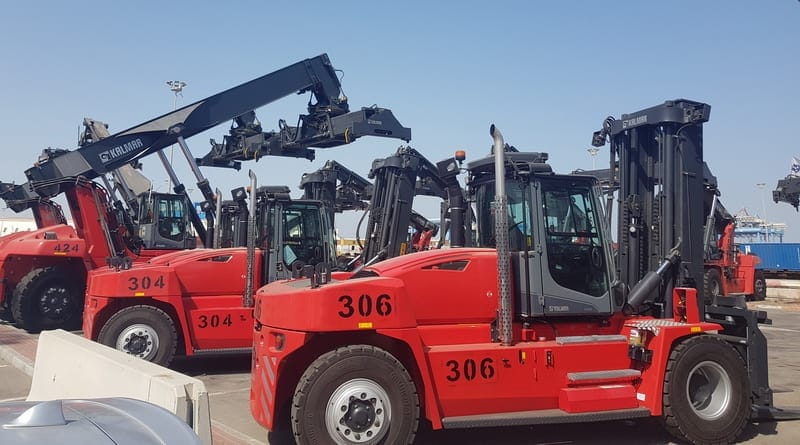 Kalmar completes the delivery of forklifts and reachstackers to Ashdod Port, Israel