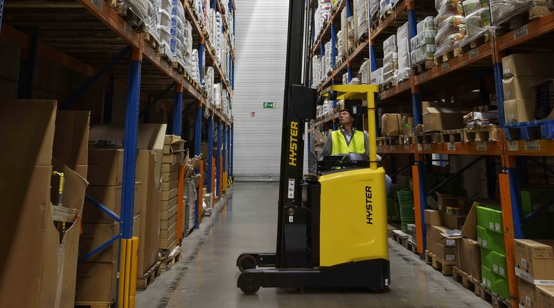 Hyster updates Reach Truck range with tilting mast feature