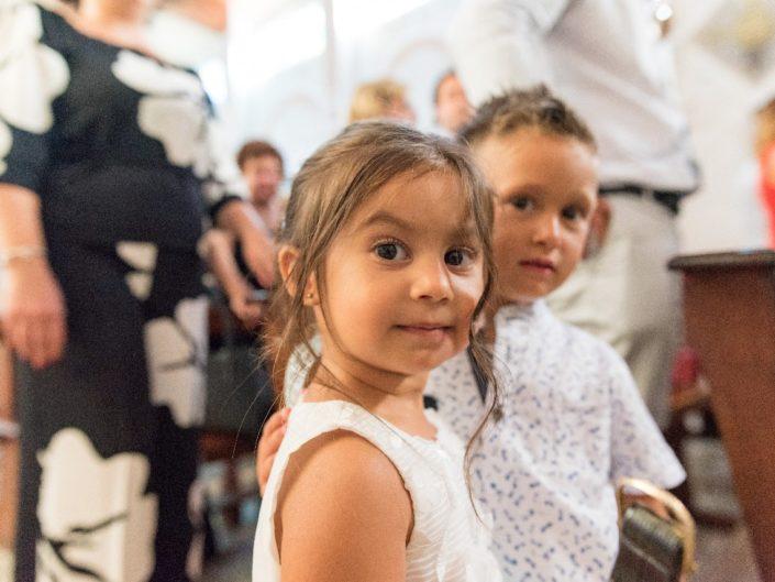 Bambina-Battesimo-Famiglia-26-705x529 Fotografo di Battesimo Cosenza Corigliano Rossano
