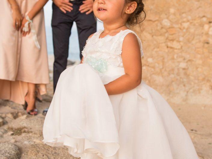 Bambina-Battesimo-Famiglia-36-705x529 Fotografo di Battesimo Cosenza Corigliano Rossano