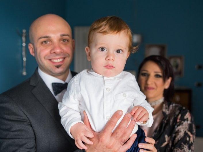 Bimbo-Battesimo-Rossano-15-705x529 Fotografo di Battesimo Cosenza Corigliano Rossano
