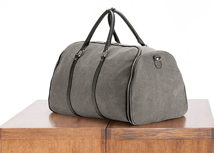 Canvas Weekender Garment Bag: Don't let wrinkles stop you from looking your best