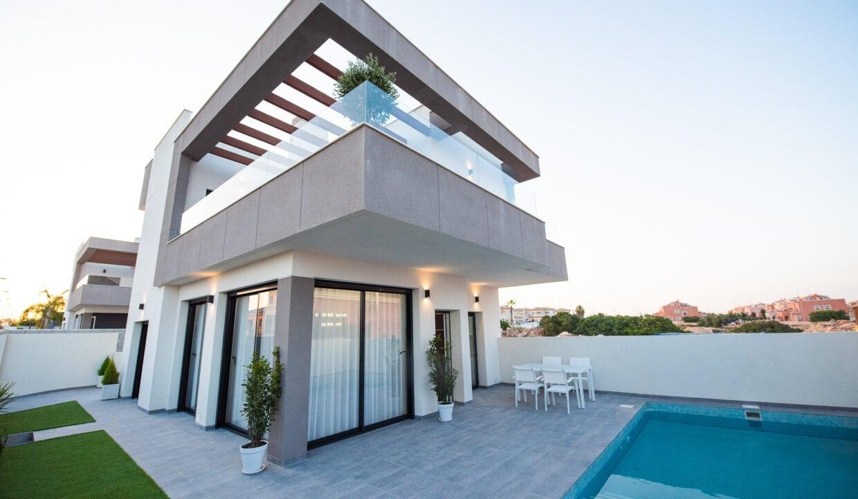 Villa de obra nueva en Los Montesinos - Alba  Salina
