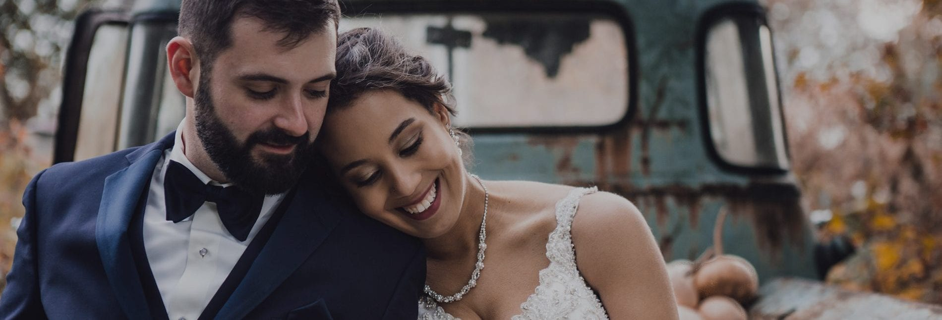 Esküvőszervezés | to do lista | ellenőrzött esküvő szolgáltatók | kedvezmények | Igenhazasodunk