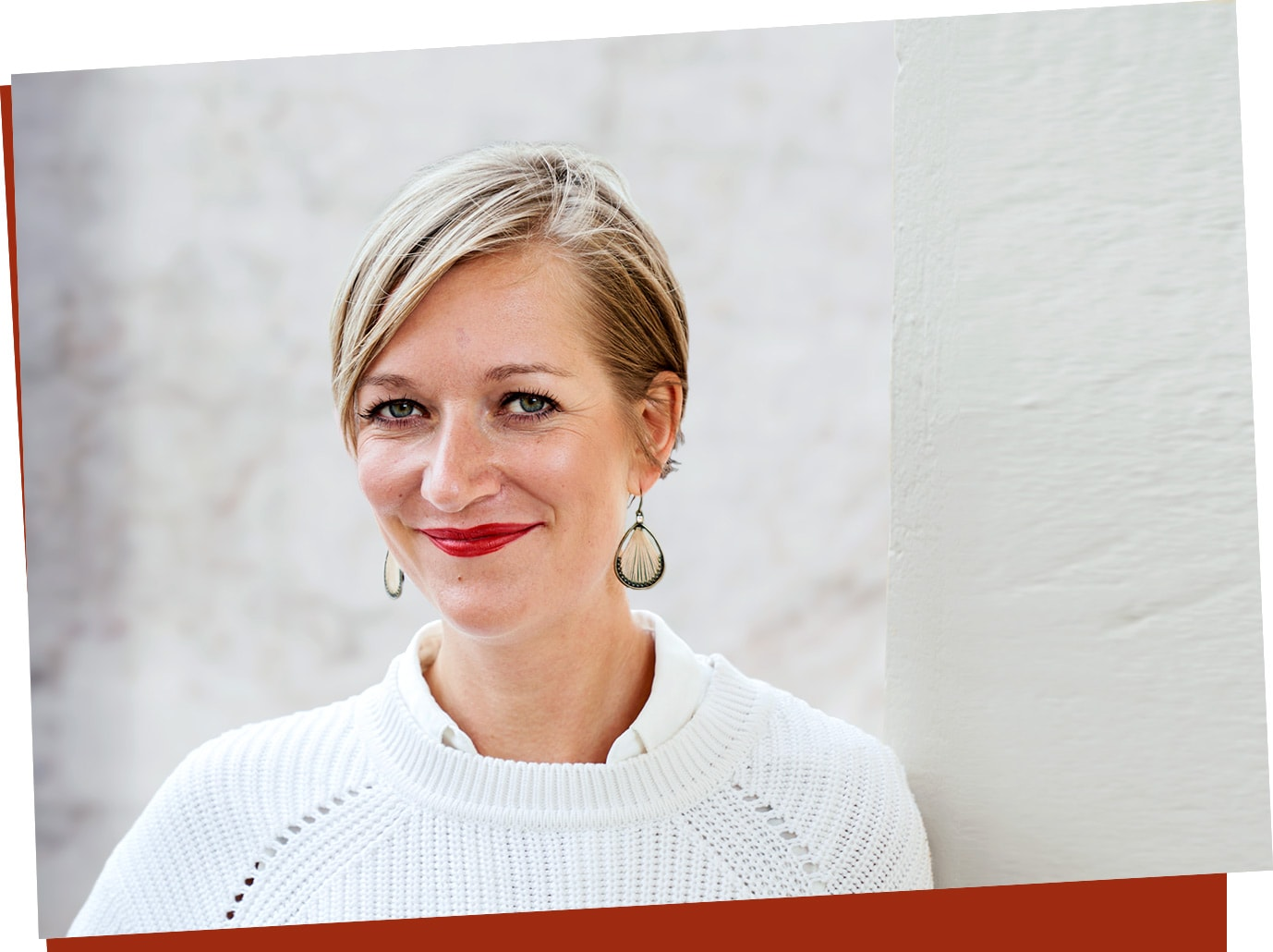 Janina Dölle, Teamleiterin von 15 Call Agents bei EOS in Potsdam