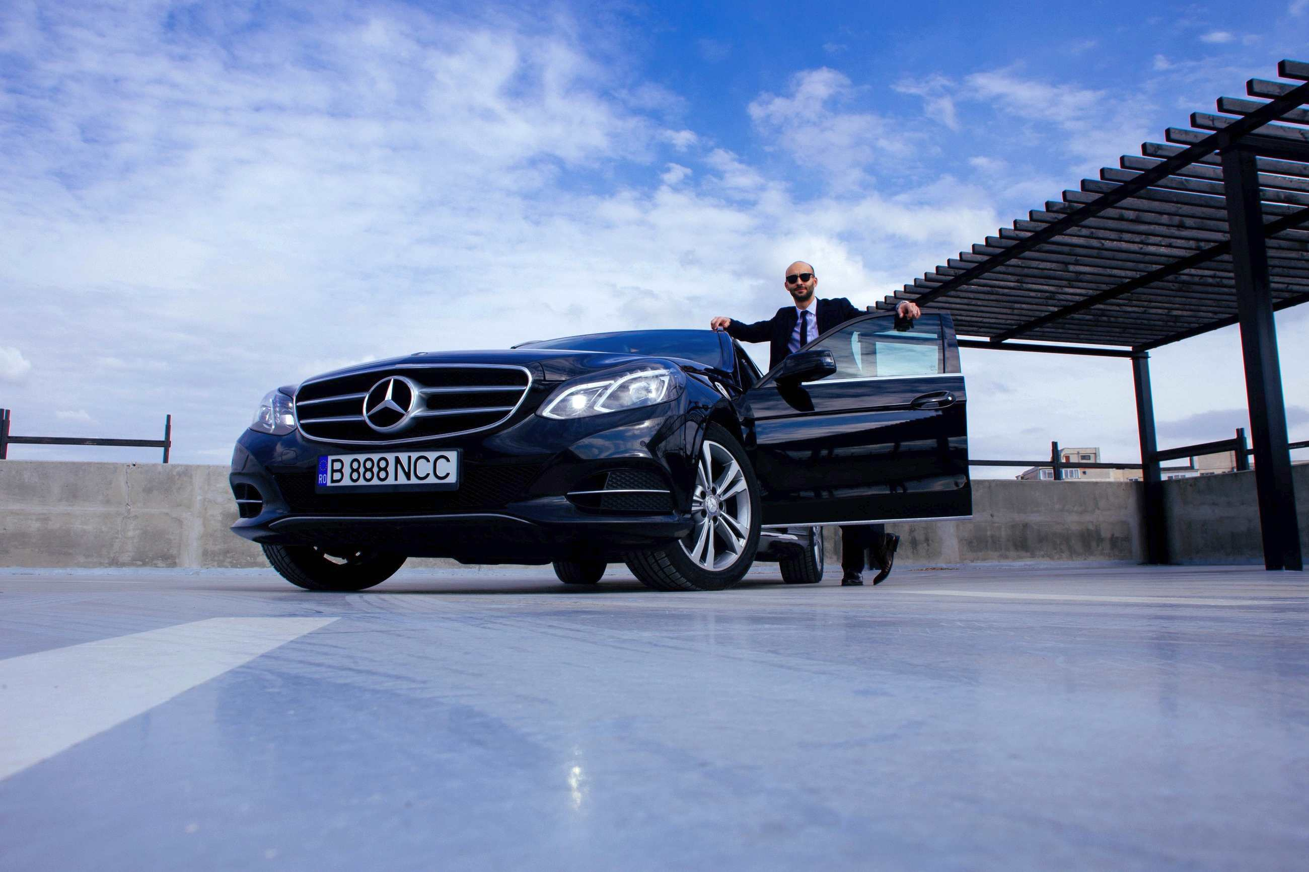 Business class Airport Transfer