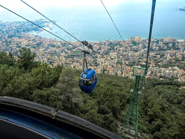 Lebanon-Harissa-riding-the-Teleferique-down-from-the-cathedral